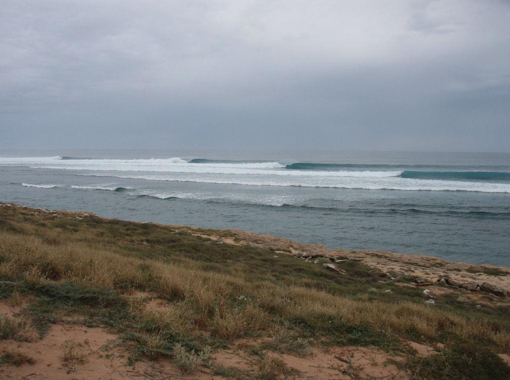 Surfing in Western Australia: Carnarvon